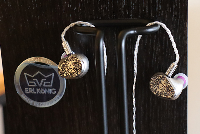 Vision Ears ERLKöNIG首款公模耳机UIEM耳机。