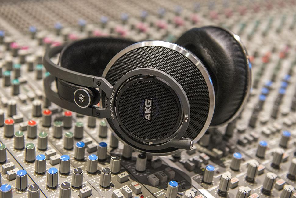 akg k812 hands on we sample the 1 000 professional studio monitor headphones image 1